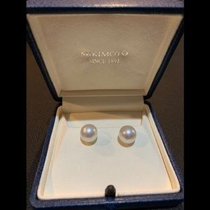 Mikimoto White Pearl Stud Earrings. Authentic.